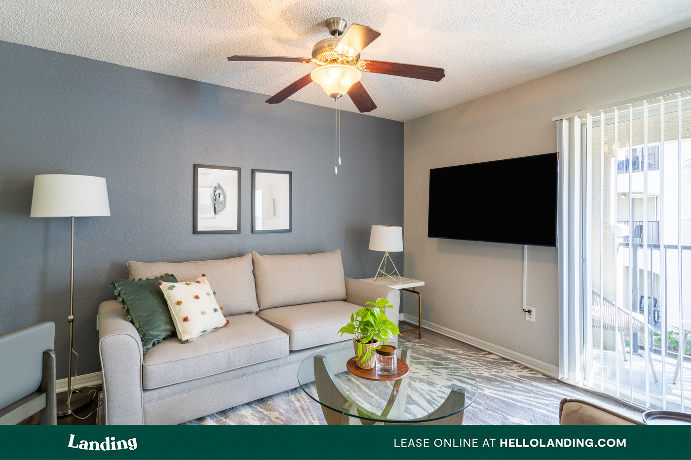 Landing Furnished Apartment The Avenue photo