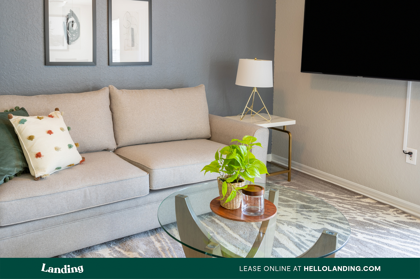 Landing Furnished Apartment The Avenue