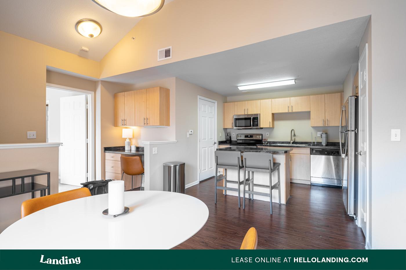 Landing Furnished Apartment Crestone for rent
